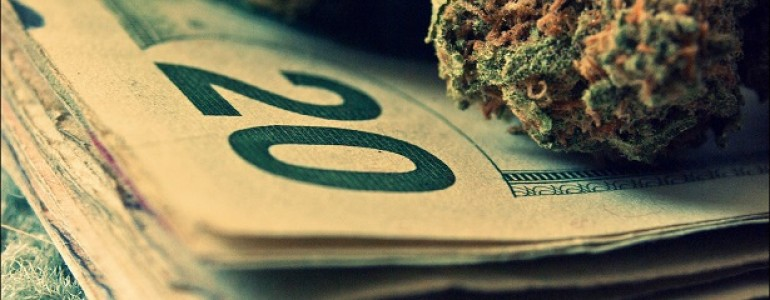 Money_marijuana